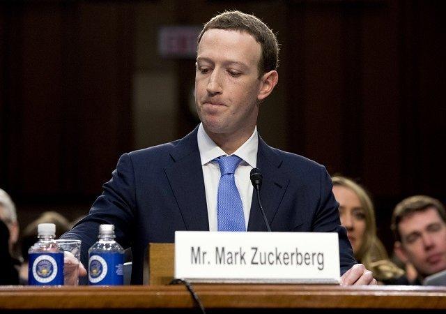 Facebook, kullanıcıların yüz taslaklarını oluşturduğu için yargılanacak