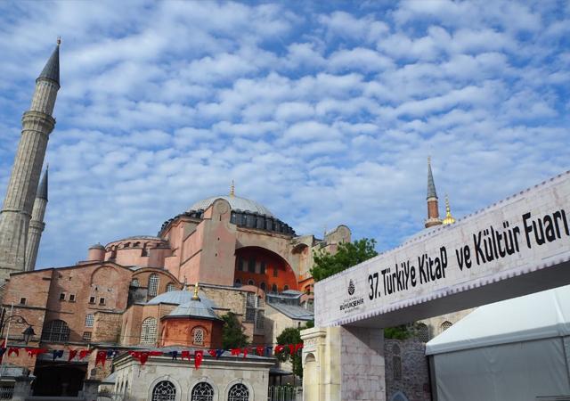 İstanbul Ramazan Kitap Fuarı Ayasofya'da