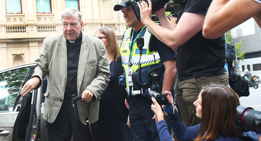 Vatikan'a tecavüz cezası